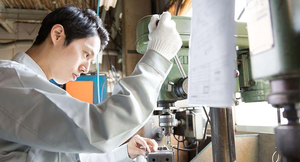 工場勤務のイメージ